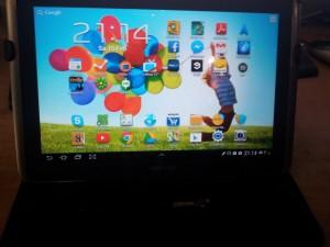 Das Samsung galaxy note 10.1 Tablet in der Frontalansicht